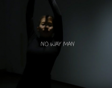 Takeuchi Miyu tung video cover ca khúc NO WAY MAN